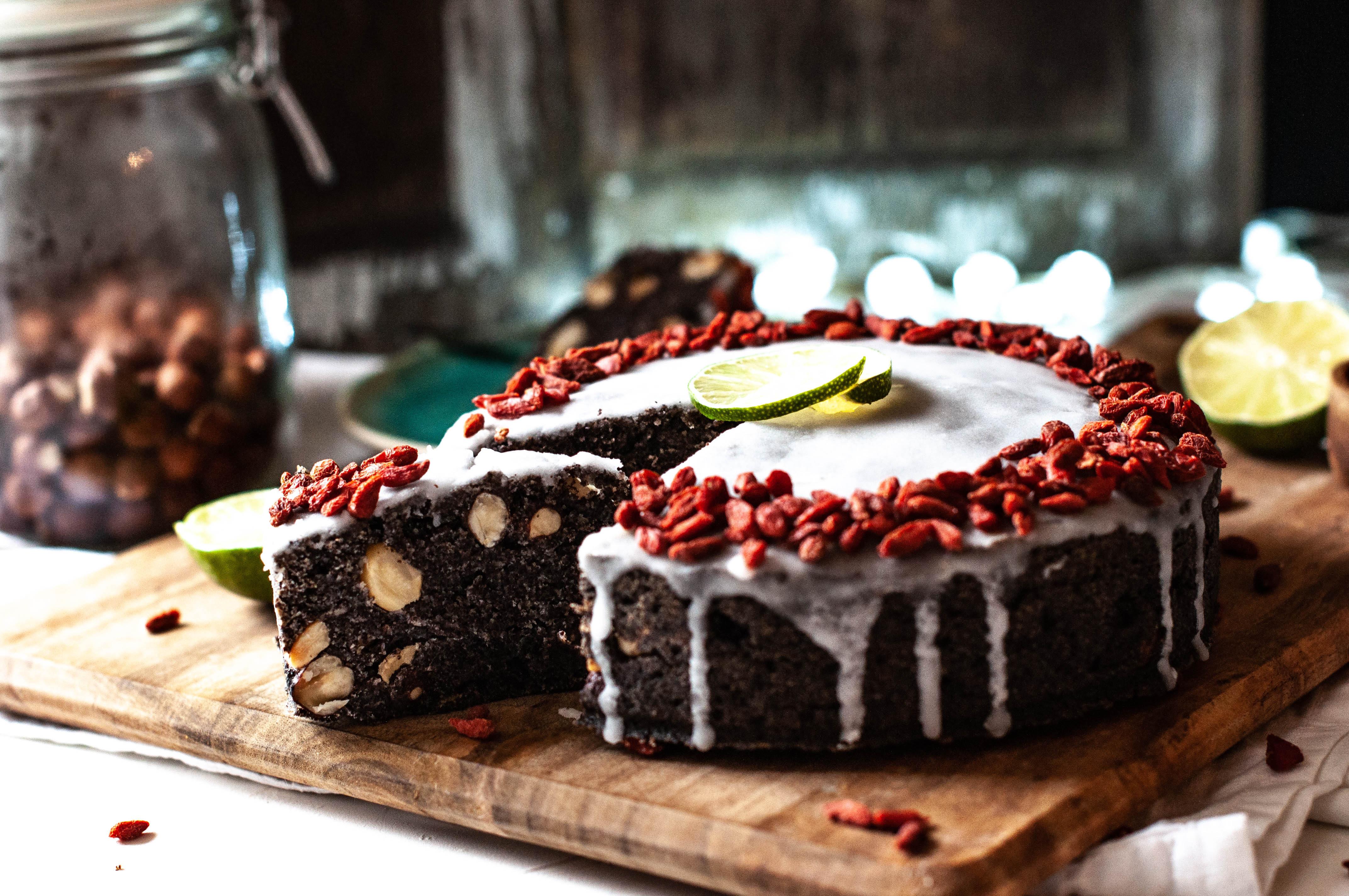makowiec, bezglutenowy makowiec, wegański makowiec, makowiec bezg lutenu, ciasto, bez cukru, przepsiy na boże nardzenie. wegańskie ciasta, bezglutenowe