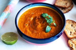 zupa pomidoroa bez gotowania, zdrowe jedzenie, zdrowe odżywianie, wegański obiad, bezglutenowy obiad, bez glutenu, bez laktozy, bez jaj, celiakia, zupa krem